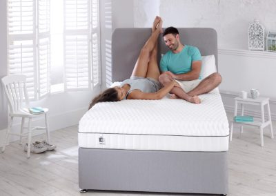 Uno Breathe mattress lifestyle couple no box hi res_2