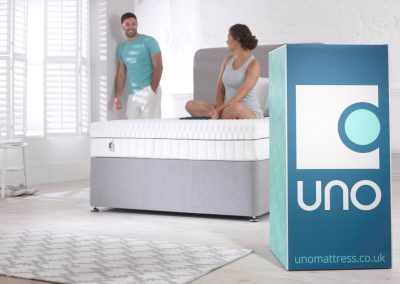Uno Breathe mattress lifestyle couple with box hi res_4